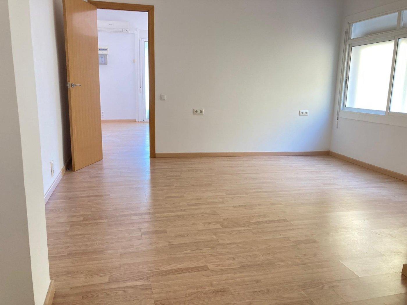 Piso de 5 dormitorios en Les Tres Torres – KE-0147